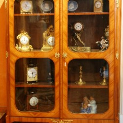 antiquitaire-nice-06-vitrine-Tansition